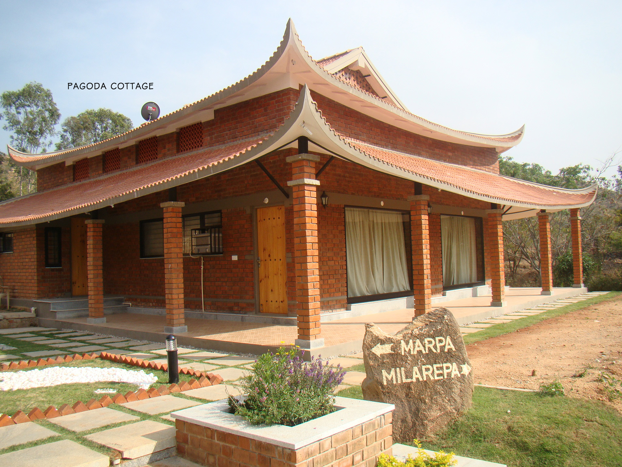 Construction of Pagoda style cottage